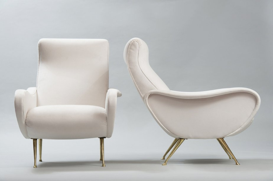 Discover chic, sculptural armchairs crafted in Italy in the mid-20th century