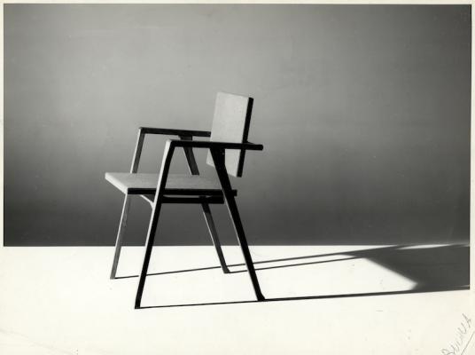 Luisa Chair, © Fondazione Franco Albini