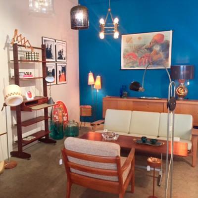 Vintage Living Online Shop Shop Mobel Lampen Design Bei Pamono