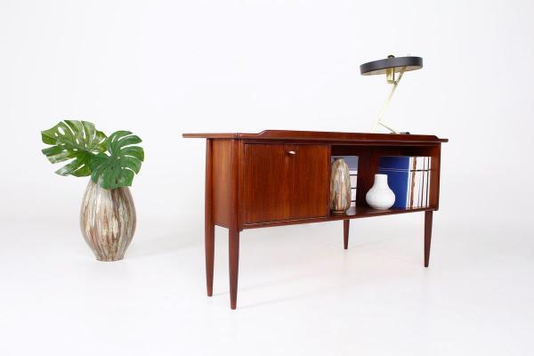 Vintage Addict Online Shop Shop Mobel Lampen Design Bei Pamono