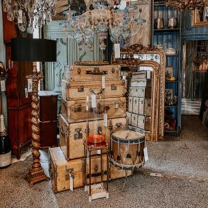 Wildschut Antiques
