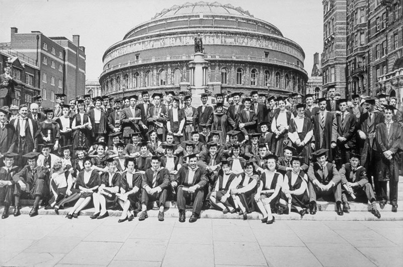 Graduation, 1958 © RCA Archive