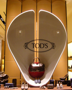 Looking at TOD's, Photo © Pakhalé Associates