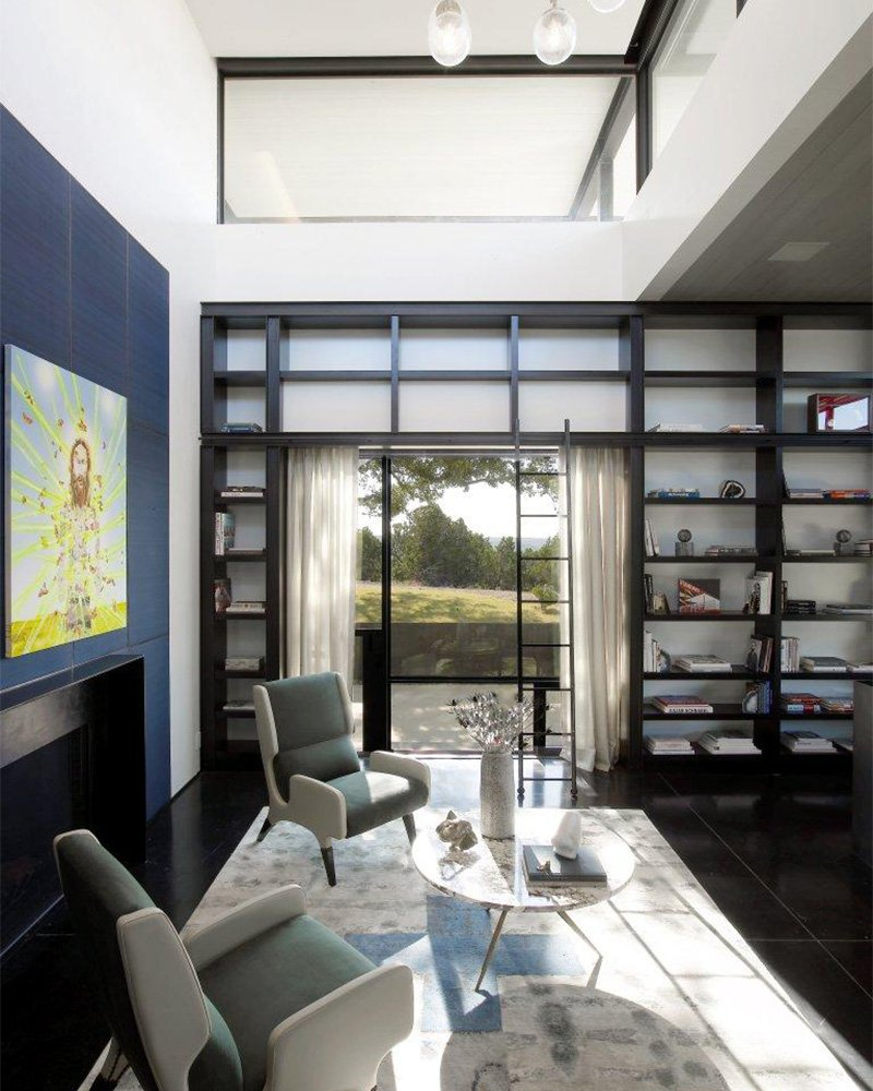 SK Ranch designed by Sara Story; chairs by Gio Ponti. Photo by Eric Laginel.