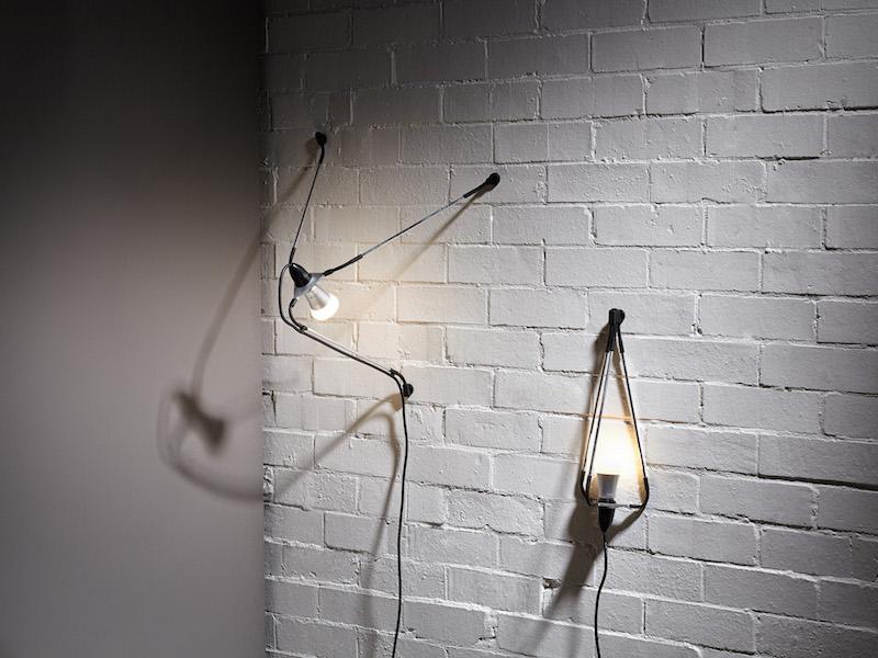 Spyder light (2013) Milled aluminium, flexible joints, magnets.