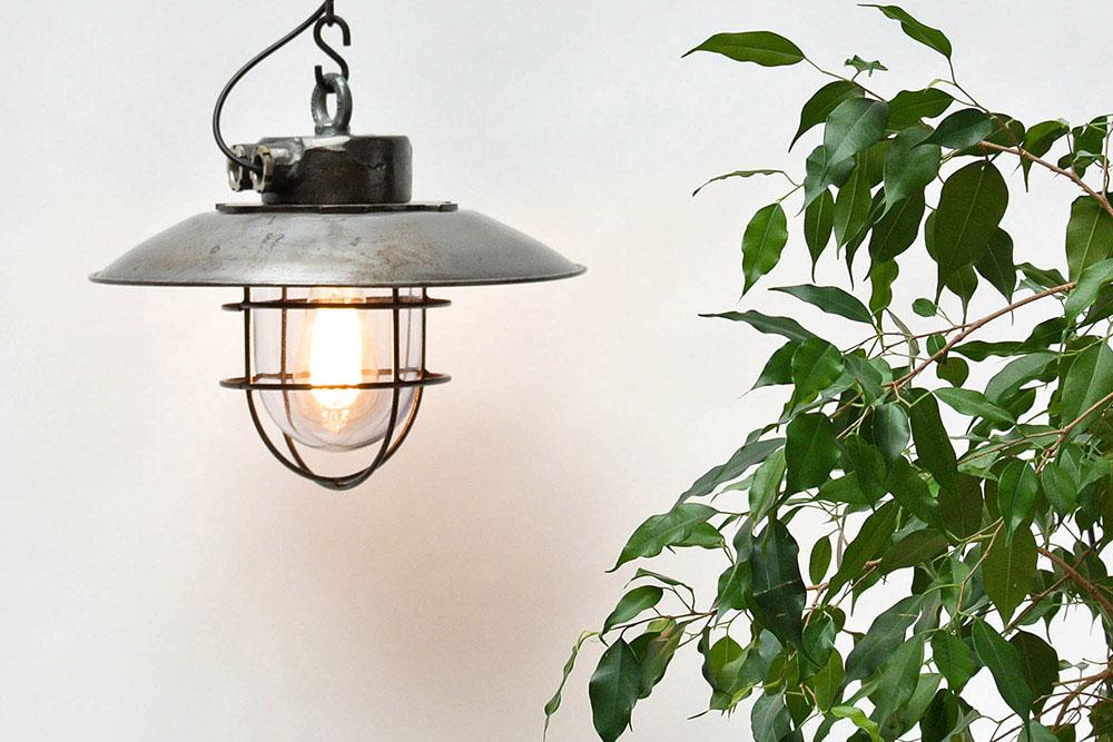 Lámparas colgantes espectaculares de acero, vidrio, esmaltadas, y demás