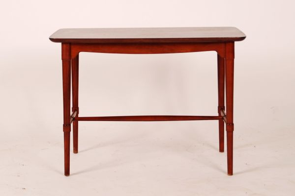 3e6185c7103b Vintage Danish Mahogany Sidetable from Fritz Hansen for sale at Pamono