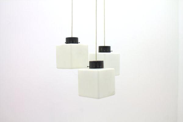 Lampade In Vetro A Sospensione : Lampada a sospensione cubica in vetro lattimo di stilnovo italia