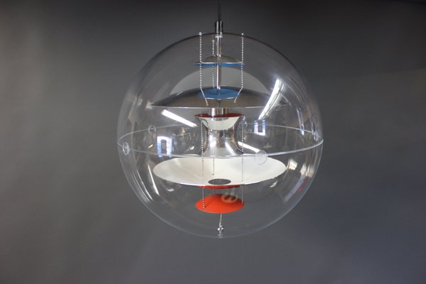 Hyggelig Dänische Globe Lampe von Verner Panton, 1969 bei Pamono kaufen QR-56