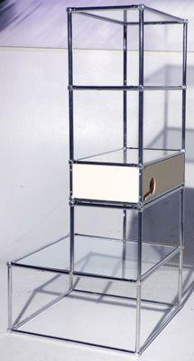 Libreria Metallo E Vetro.Libreria Vintage In Metallo E Vetro Di Lightbox