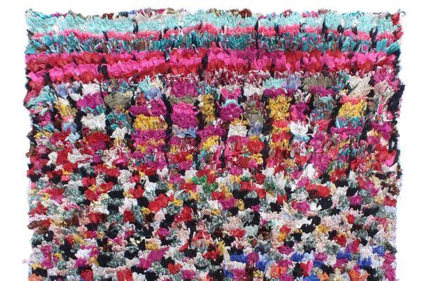 Boucherouite Tapis tapis boucherouite vintage multicolore en vente sur pamono