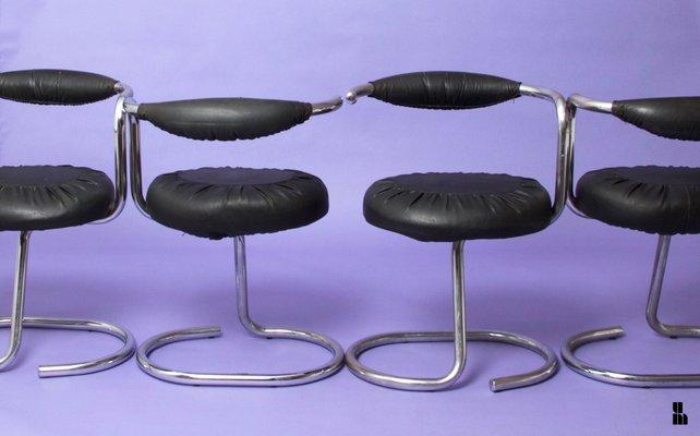 Stuhl Giotto Stoppino1970er Italienischer Cobra Von vNmn0wO8