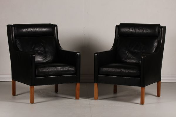 Danish 2431 Black Leather And Oak Wing Chairs By Børge Mogensen For  Fredericia Furniture, 1970s