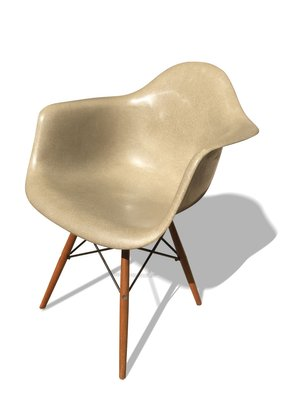 DAW Chair Von Ray Charles Eames Fur Herman Miller