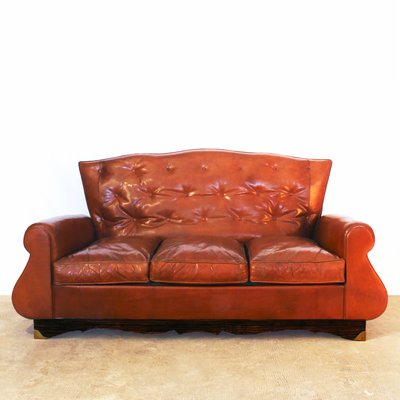 Charmant Chesterfield Style Sofa, 1940s