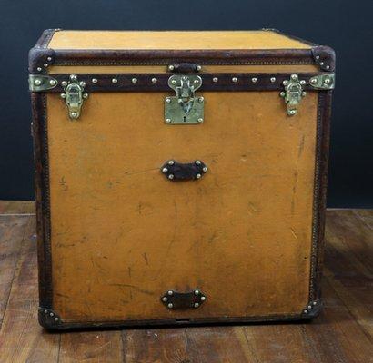 35763c6775 Malle à Chapeau pour Dame de Louis Vuitton, 1900 en vente sur Pamono