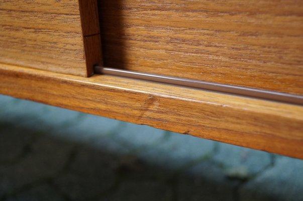 Enfilade Minimaliste avec Portes Coulissantes et Poignées en Cuir de Deutsche  Werkstätten 10 615a68c61dc2
