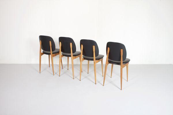 Französische Beistellstühle von Pierre Guariche für L´Espace Le Corbusier,  1950er, 4er Set