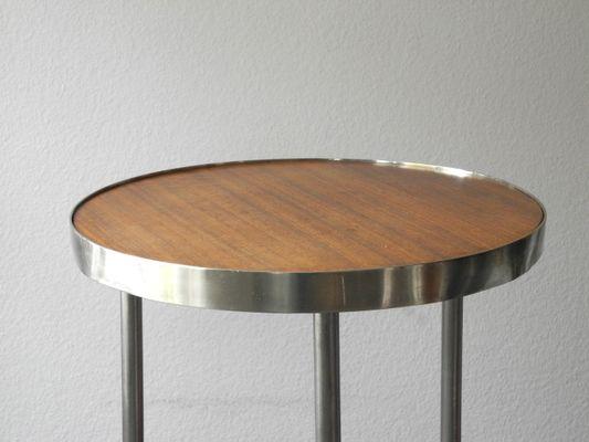 Merveilleux Mid Century Round Tubular Steel And Walnut Side Table, 1950s 2