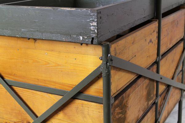 Sgabello Industriale Usato : Cassettiera industriale usata dall esercito cecoslovacco