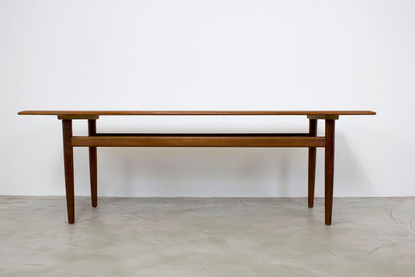 Merveilleux Danish Modern Teak Coffee Table, 1960s 1