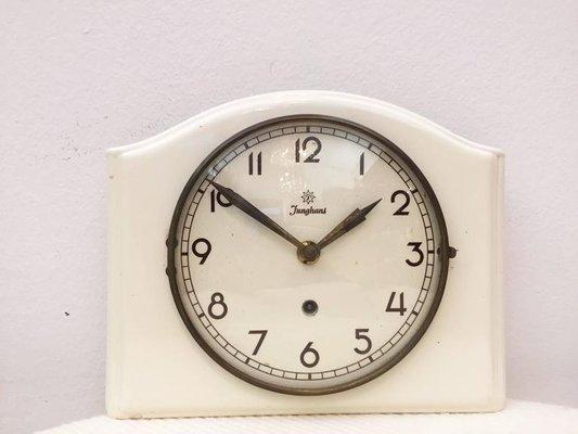 Orologio da parete mid century in ceramica di junghans in vendita