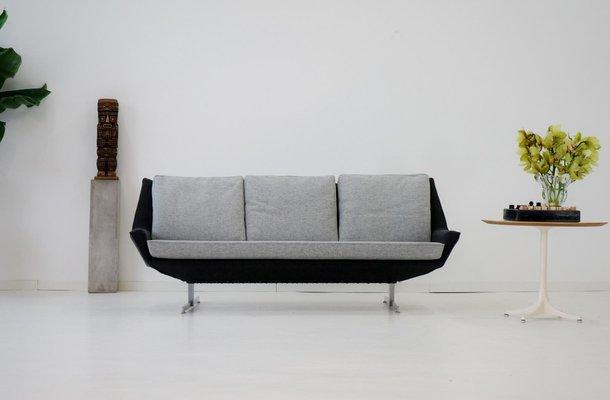Mid Century Canapé Sofa From Knoll 1