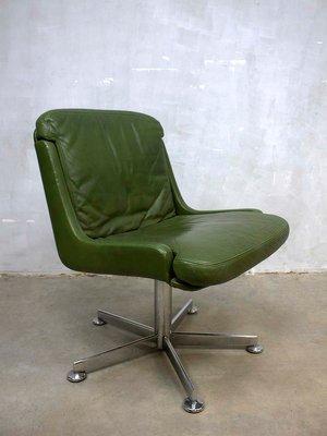 Sedia vintage da ufficio in pelle verde oliva in vendita su Pamono