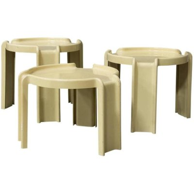 Off White Plastic Nesting Tables By Giotto Stoppino For Kartell, 1970s 1