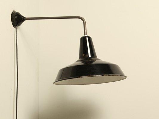 Lampada da parete industriale nera smaltata in vendita su pamono