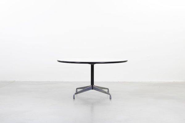 Eames tisch rund hochwertig art portrait with eames tisch for Eames tisch nachbau
