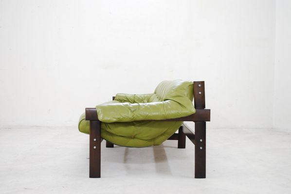 Attirant Model MP 041 Lime Green Leather Sofa From Percival Lafer, 1961 13