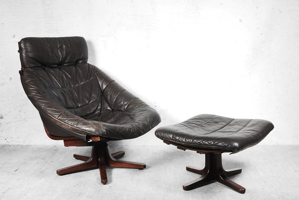 Scandinavian Swivel Leather Chair With Ottoman, 1960s 1