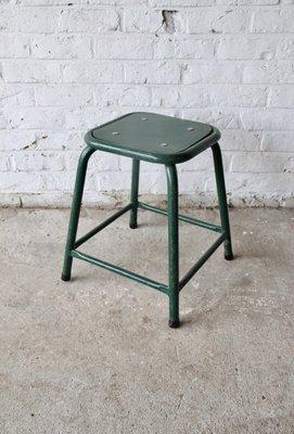 Tabouret Vintage Dusine Vert En Vente Sur Pamono
