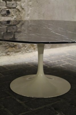 Tavolini Da Salotto Knoll.Tavolino Da Caffe Tulip Vintage Nero Di Eero Saarinen Per Knoll International