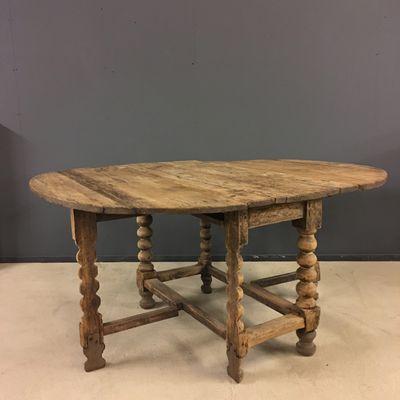 Swedish Oval Pine Gateleg Table, 18th Century 1