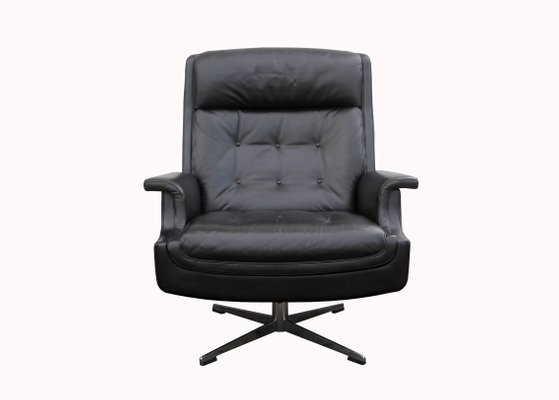 Large Leather Lounge Swiveling Chair 1960s 1
