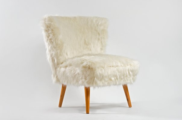 Mid-Century White Faux Fur Cocktail Chair 2 & Mid-Century White Faux Fur Cocktail Chair for sale at Pamono