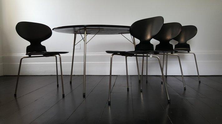 Sedie Imbottite Anni 50 : Tavolo e sedie ante di arne jacobsen per fritz hansen anni in