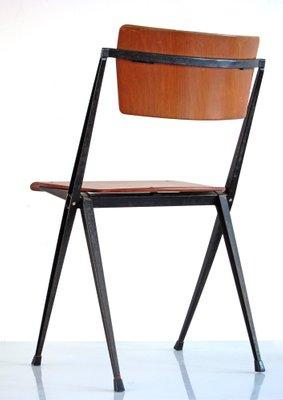 Rietveld stuhl zeichnung  Vintage Pyramid Stuhl von Wim Rietveld für Ahrend Cirkel bei Pamono ...