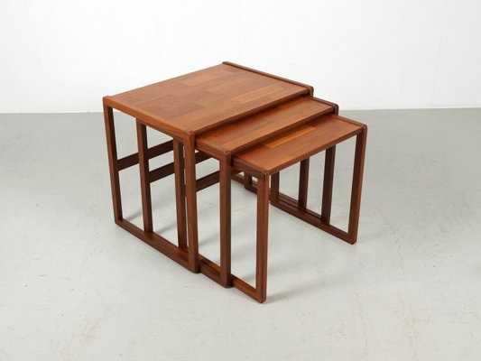 Incroyable Mid Century Teak Nesting Tables From G Plan, Set Of 3 2