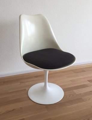 Mid Century Swivel Tulip Chairs By Eero Saarinen For Knoll International,  1960s, Set