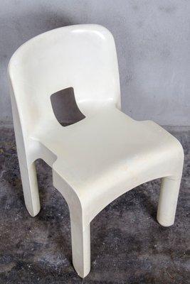 Produttori Di Sedie In Plastica.Sedie In Plastica Universale 4867 Di Joe Colombo Per Kartell Anni