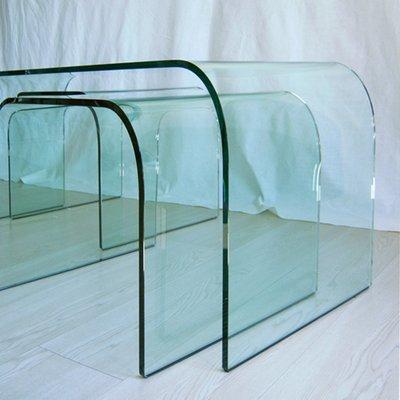 Tavolini da caffè o panca in vetro curvo di Vittorio Livi per Fiam, set di 3