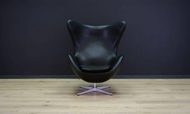 Vintage Egg Chair Aus Schwarzem Leder Von Arne Jacobsen Für Fritz Hansen 2