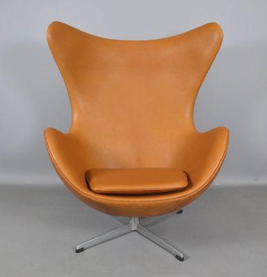 Leder Egg Chair Von Arne Jacobsen Für Fritz Hansen, 1970er 1