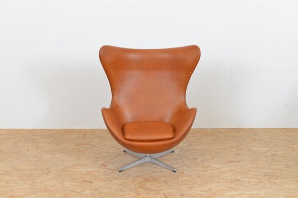 Genial Mid Century Leather Egg Chair By Arne Jacobsen For Fritz Hansen 1