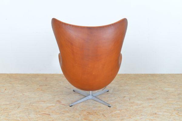 Mid Century Leather Egg Chair By Arne Jacobsen For Fritz Hansen 14