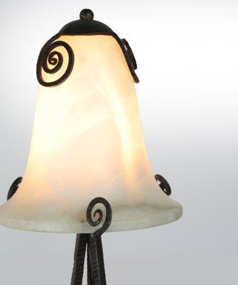 Lampe De Bureau Art Deco En Fer Forge Et Albastre 1920s En Vente