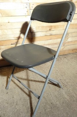 Beau Vintage Industrial Folding Chairs From Samsonite, Set Of 10 1
